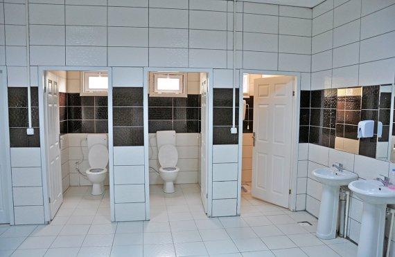 المراحيض و الحمامات