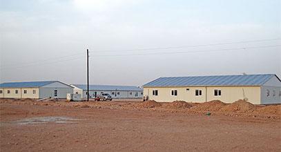 إنجاز مجمع مباني جاهزة موقع عمل في الجزائر